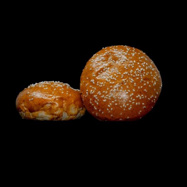 Mini pan de Hamburguesa artesanal de Brioche con mantequilla y pepitas de semillas de sesamo. ¿Quieres una mini hamburguesa irresistible? Pues este es el producto
