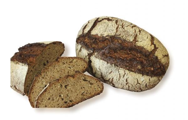 Pan tradicional rústico con un 30% de harina de espelta y un 15% de harina de centeno, junto con pipas de girasol y grano de espelta triturado.