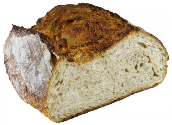 Pan de Trigo con mezcla de harinas especiales, Corteza crujiente y su sabor ahumado es lo que le hace a este pan tan exquisito al paladar