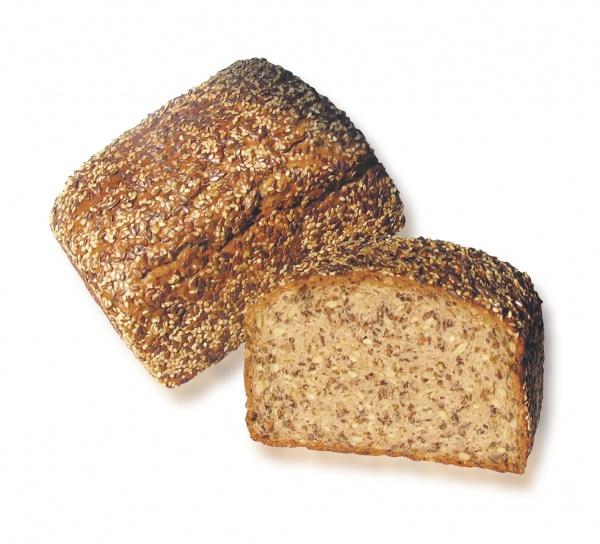 Pan elaborado con mezcla de trigo y centeno, con 74% de su contenido alto en semillas lo convierte en una experiencia única por su peculiar sabor.