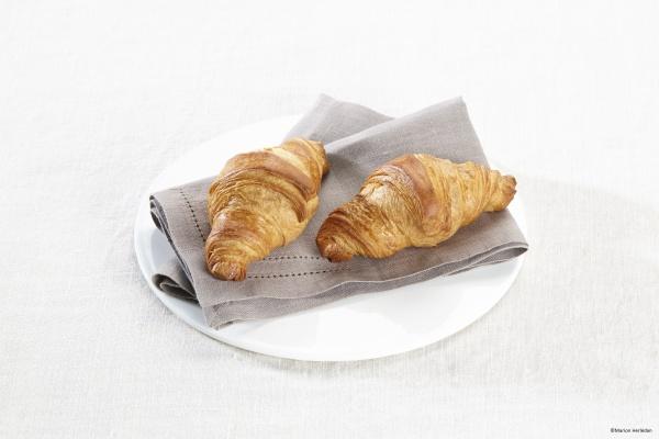 Mini croissant de Mantequilla masa crujiente y sabroso. Ideal para la restauración.