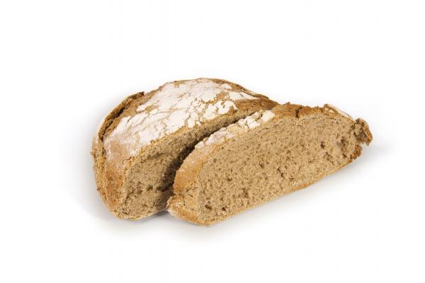 Tradicional pan moreno mallorquin precocido.