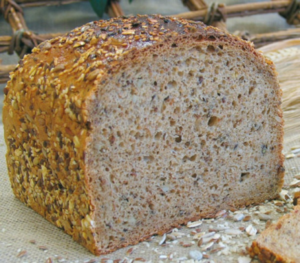 Ligero y sabroso pan de trigo con un alto contenido de fibra. Está elaborado con masa madre natural.